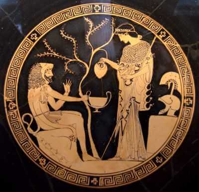Athena serving wine to Heracles. Red-figure kylix, ca. 480 B.C., Staatliche Antikensammlungen, Munich